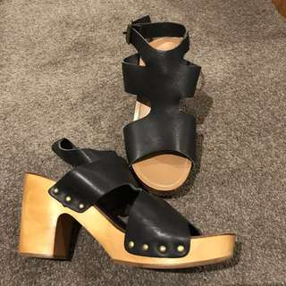 Marcus B - WOODEN / LEATHER HEELS