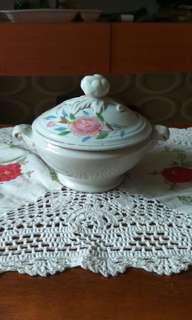 Mangkuk soup / mug antik