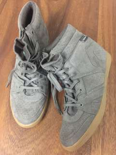 Pull & Bear Wedge Shoes
