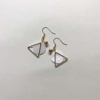 「極簡」三角幾何耳環