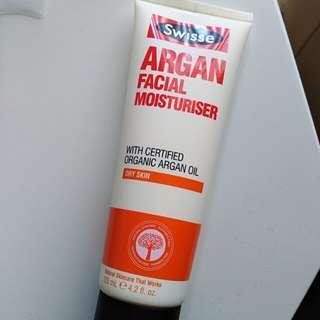 Argan oil facial moisturiser