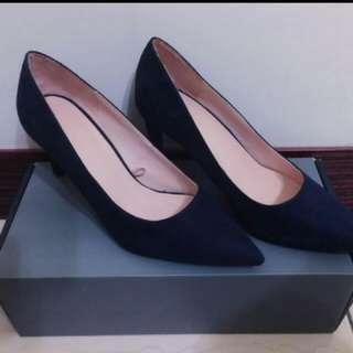 Zara 百搭麂皮絨低跟鞋(深藍)