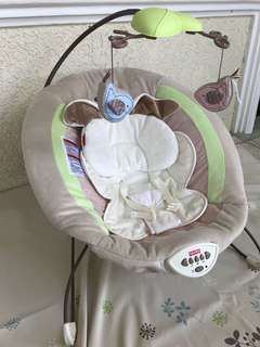 Baby Bouncer  Fisher-Price My Little Snugapuppy