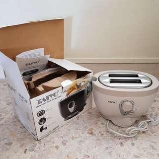 New Cream Bread Toaster