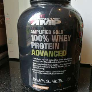 GNC 100% AMP GOLD Whey Protein 2.3kg