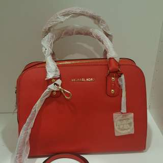NEW Original Michael Kors Classic Luxury Bag