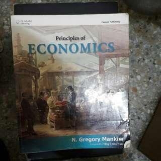 Principles of Economics 經濟學原理 原文書