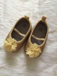 Gold pre walker shoes