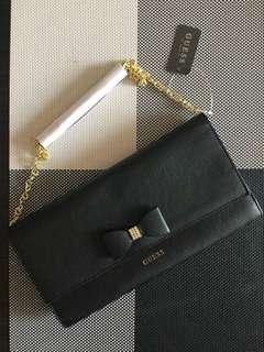 Guess Sling Bag Bow Design in Black
