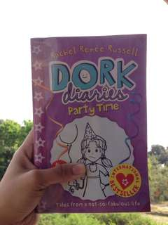 Dork Diaries Party Time by Rachel Renée Rusell