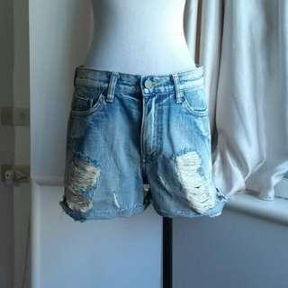 日系品牌 洗舊破損不修邊 個性風純棉牛仔短褲
