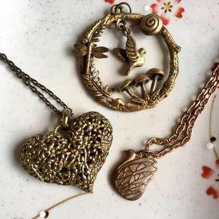 Set of 2 necklaces+pendant