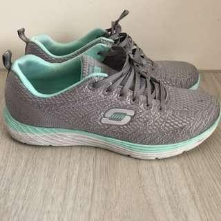 Skechers 鞋-10號