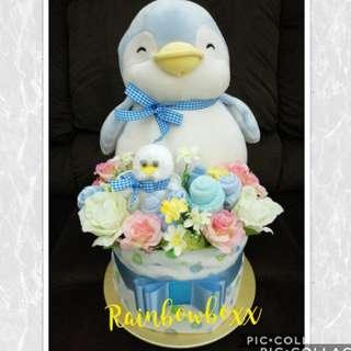 Mummy & Baby Penguin Mini Diaper Cake