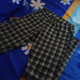 Celana dan outer jumpsuit