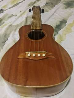 Affordable pre-loved ukulele good as brand new in quezon city with cover
