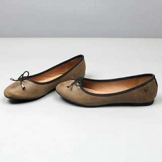 復古色圓頭平底鞋