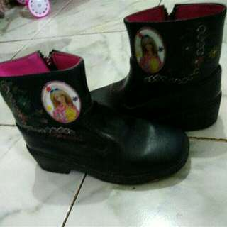 Barbie Shoes Size 26-28