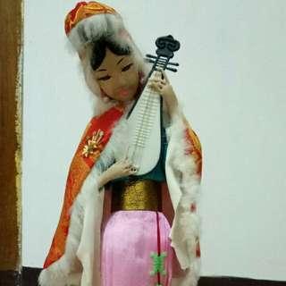 Boneka china antik