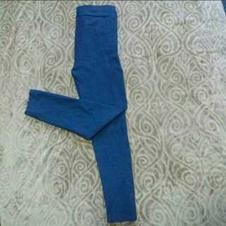 Stretchable Pants / Jeggings