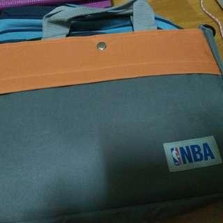 NBA 手套側背包