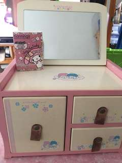 Little twinstars手飾盒