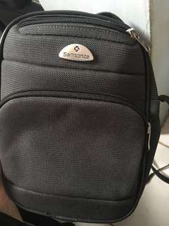 SAMSONITE SLINGBAG