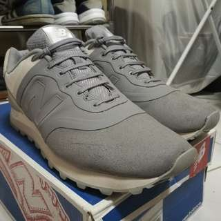 New Balance 574 Reengineered version (gray)