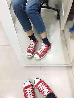 【二手】Converse 經典紅色低筒帆布鞋