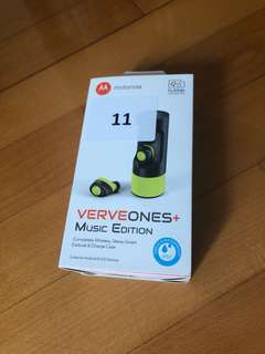 Motorola VerveOnes+ Music Edition, Wireless Bluetooth Earbuds & Charge Case