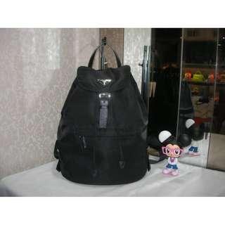 典精品名店 Prada 真品 黑色 尼龍 下蓋 束口 前口袋 手提包 後背包 現貨