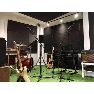 24/7 Jamming Studio