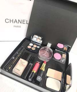 Paket Chanel Paris
