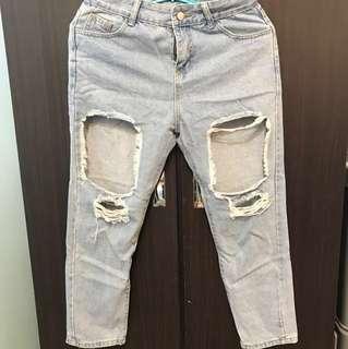 大破洞牛仔褲