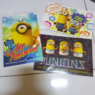 Minion L holder and postcard