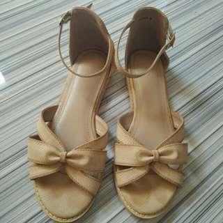 Parisian flat sandals