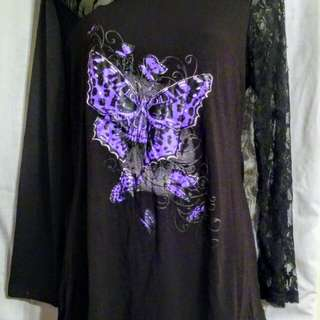 XL Black and Lace graphic Shirt