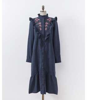 荷葉刺繡魚尾洋裝