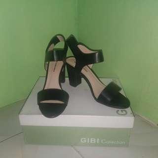 GIBI Koemi Black