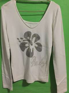 Long sleeved white top