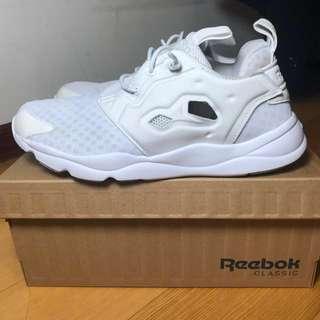 (含運)🇯🇵Reebok  furylite 女 白鞋