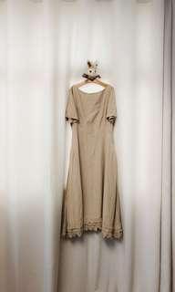 Initial Dress 米色氣質連身裙