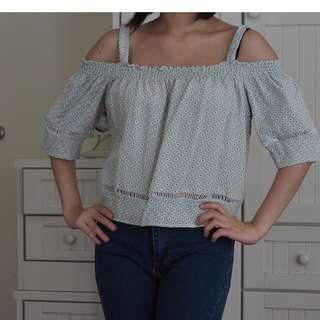 [USED] Feminine mint green cold shoulder top