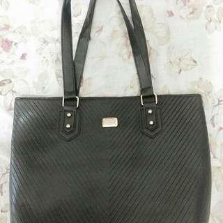 Kimbel Bag in Black