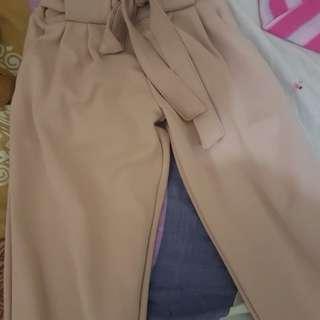 Pants nude