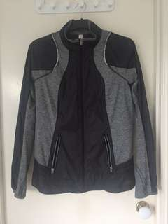 Lululemon spray jacket size 10 (AU14)