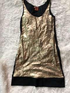 Tory Burch Black & Gold print shift dress