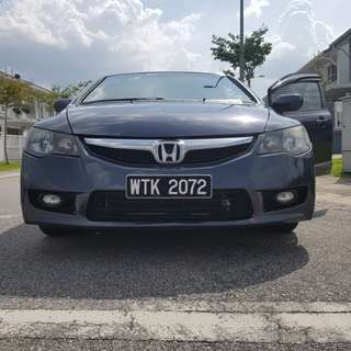Honda Civic 1.8A 09/10