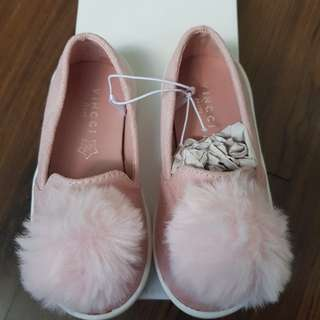 Brand new in box Girl Pump Shoes with furry ball