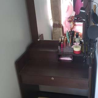 Vanity table w/ mirror and chair